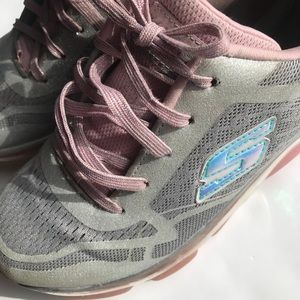 Grey and pink glitter sketchers tennis shoes sz 4